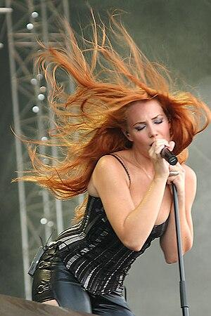 M'era Luna Festival - Simone Simons of Epica (2004)