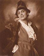 Erna Morena 1925 Alexander Binder 004.jpg
