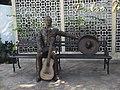 Estatua del Parque Pedro Infante en Mérida, Yucatán (01).jpg