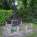 Eugen Frank -grave 02.jpg