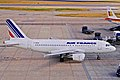F-GRHM A319-111 Air France LHR 15AUG00 (5805783178).jpg