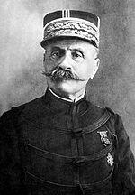 150px-Ferdinand_Foch_pre_1915.jpg
