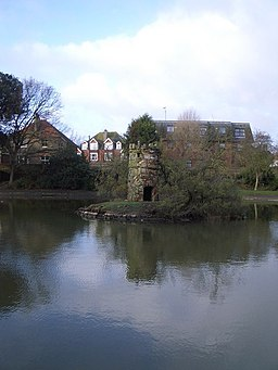 Folly in Egerton Park, Bexhill - geograph.org.uk - 305699