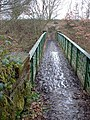 Footbridge across the railway - geograph.org.uk - 117433.jpg