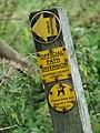 Footpath sign - geograph.org.uk - 953896.jpg