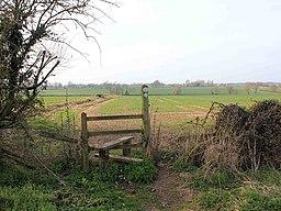 Footpath to Harbury - geograph.org.uk - 2311563