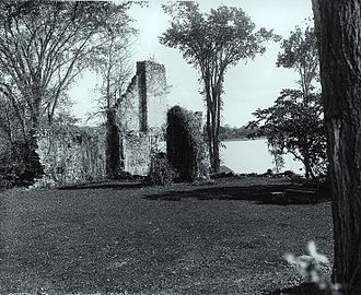West Island - Image: Fort Senneville 1895