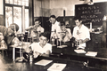 Fsg wickersdorf chemistry lesson 1930s.png