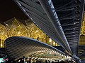 Gare do Oriente (12914674084).jpg