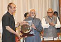 Ghulam Nabi Azad presenting a memento to the Vice President, Shri Mohd. Hamid Ansari, at the Golden Jubilee Celebrations & 51st Foundation Day of Post Graduate Institute of Medical Education and Research, Chandigarh.jpg