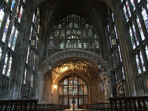Perpendicular Gothic The Interior Of Gloucester Cathedral Gives An Impression A Cage Stone And