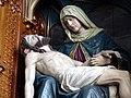 Gramastetten Pfarrkirche - Altar Pieta 2b.jpg