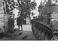 Grenadierzy niemieccy podczas akcji na froncie w Afryce Północnej (2-2053).jpg