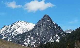 Snoqualmie Pass - Snoqualmie Pass landmarks