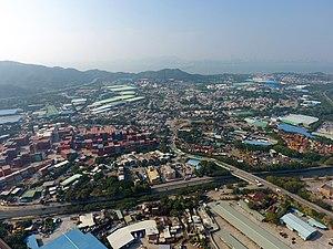 Ha Tsuen - Ha Tsuen surrounded by Container yard