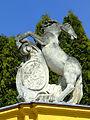 Hajós érseki kastély szobor A.JPG