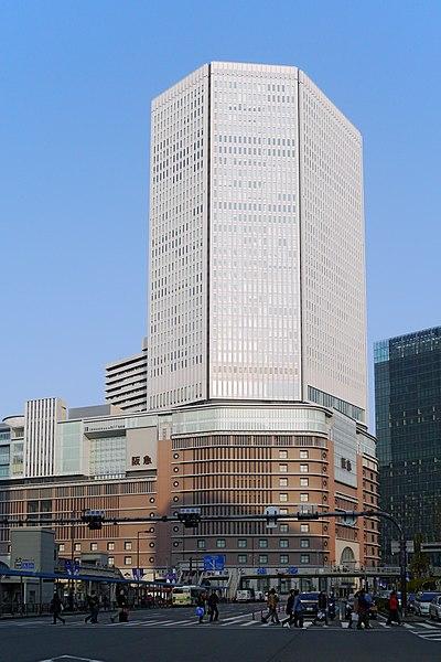 File:Hankyu Department Store Osaka Japan01-r.jpg
