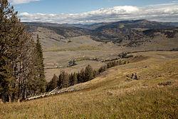 Heading Back Down Specimen Ridge (3946944509).jpg