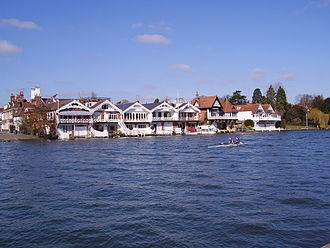 Boathouse - Image: Henley on Thames Along the Thames