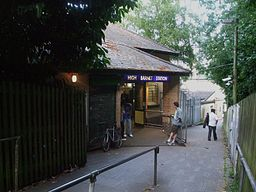 High Barnet stn entrance