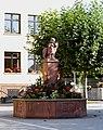 Hofheim, Pestalozzi-Schule, Brunnen.JPG