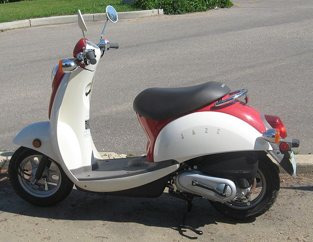 Yamaha Scooters Old