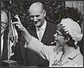 In aanwezigheid van prinses Beatrix heeft prinses Christina van Zweden een tento, Bestanddeelnr 112-1011.jpg