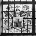 Interieur, gedeelte van gebrandschilderd raam - Bloemendaal - 20400095 - RCE.jpg