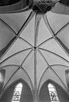 interieur gewelf in transept - boven-leeuwen - 20039018 - rce