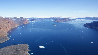 Inussulik Bay - Aerial view of the northern part of the bay, with Kiatassuaq Island on the left and Inussullissuaq Island on the right.