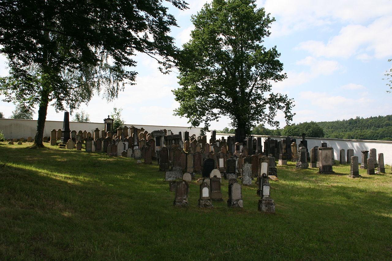 Jüdischer Friedhof Hürben 3.JPG
