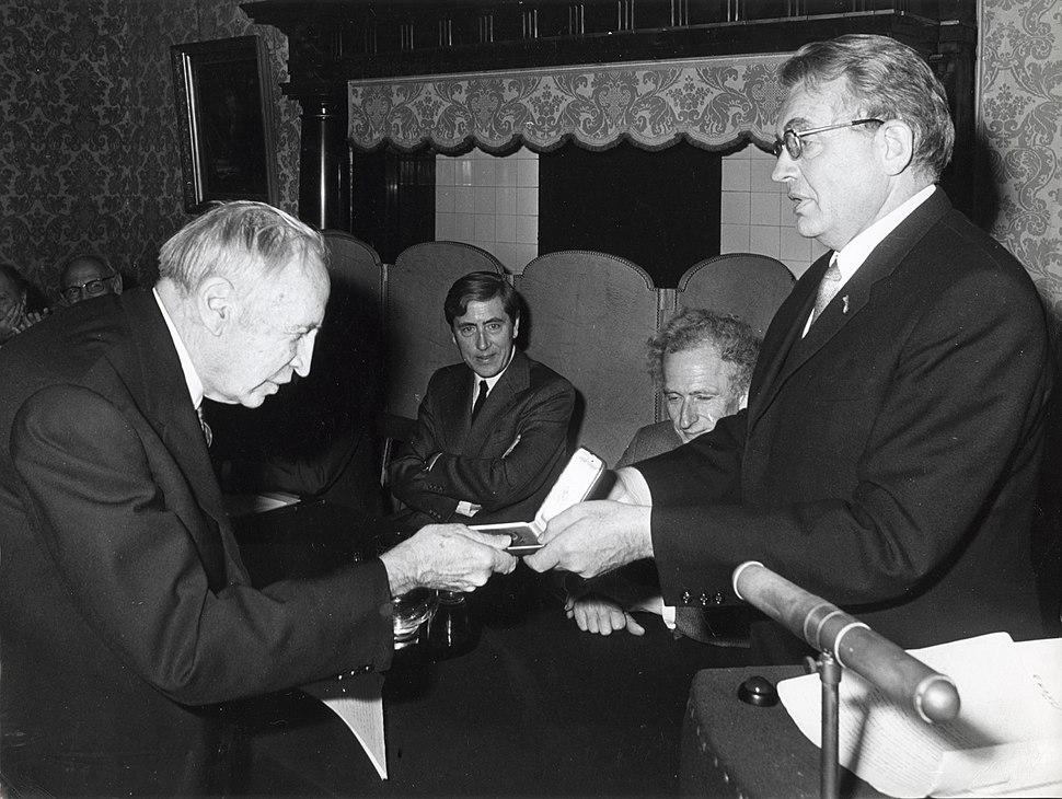 JH van Vleck and HBG Casimir, 1974