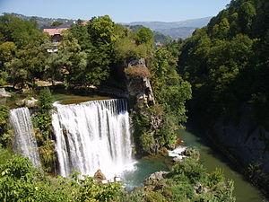 Jajce mit Wasserfall und Festung