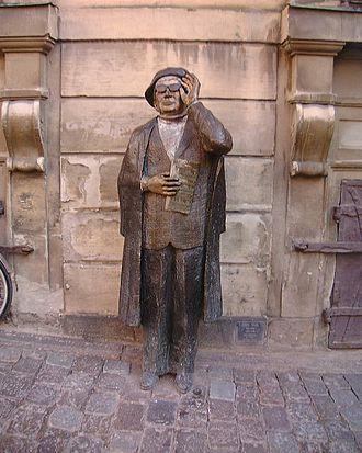 Evert Taube - 1985 statue of Evert Taube at Järntorget in Stockholm.
