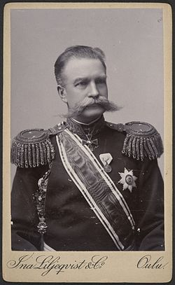 Ina Liljeqvist: Oulun läänin kuvernööri, kenraalimajuri Johan Axel Gripenberg , 1880-luku.