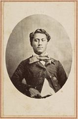 John William Pitt Kinau, Hawaii album, p. 8, portraits of Hawaiian women and men.jpg