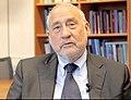 Joseph Stiglitz - 2014.jpg