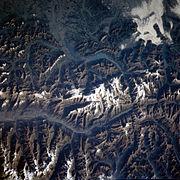 Jungfrau Interlaken STS106-718-09.jpg
