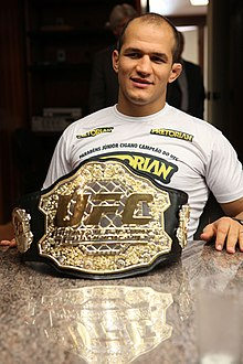 220px-Junior-Dos-Santos-Belt.jpg