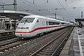 Köln Messe-Deutz ICE2 stel 402 037 als trein 558 uit Berlin Gesundbrunnen (26714385585).jpg