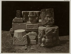 KITLV 28278 - Isidore van Kinsbergen - Stone fragments, dating from 1348, of the temple Panataran, Kediri - 1867-02-1867-06.tif