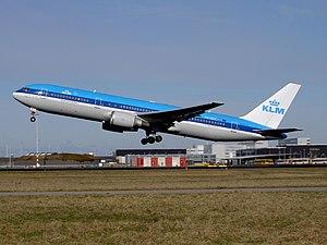 KLM Boeing 767-300ER PH-BZF departing Schiphol 2005.jpg