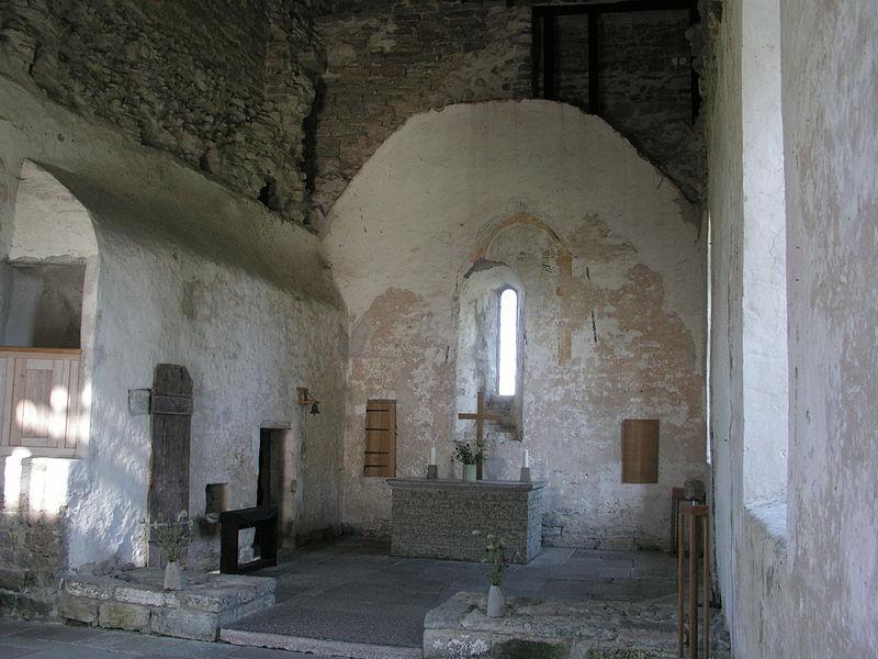 Fil:Kalla gamla kyrka nave.jpg