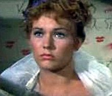 Kim Novak in Picnic trailer.JPG