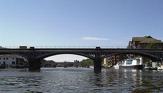 Kingston Railway Bridge - The railway bridge, with Kingston Bridge behind it, from downstream