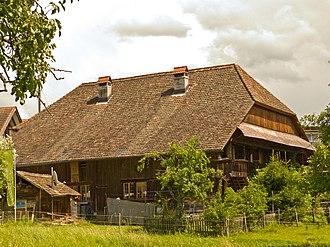 Bolligen - Image: Kleingewerbehaus Eisengasse Bolligen 2