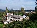 Kostelec nČl, výhled ze zámku na statek Pod valy.jpg