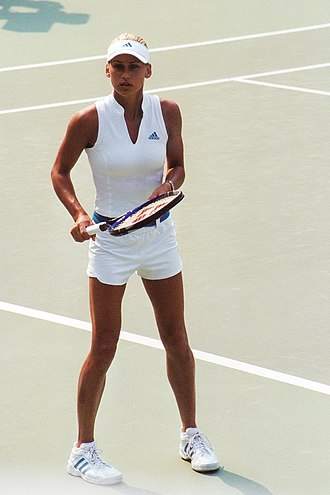 Anna Kournikova - At the 2002 Medibank International Sydney