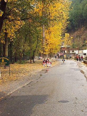 Kullu - Autumn in Kullu Valley