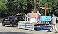 LIFEPoint Church float (36017233813).jpg